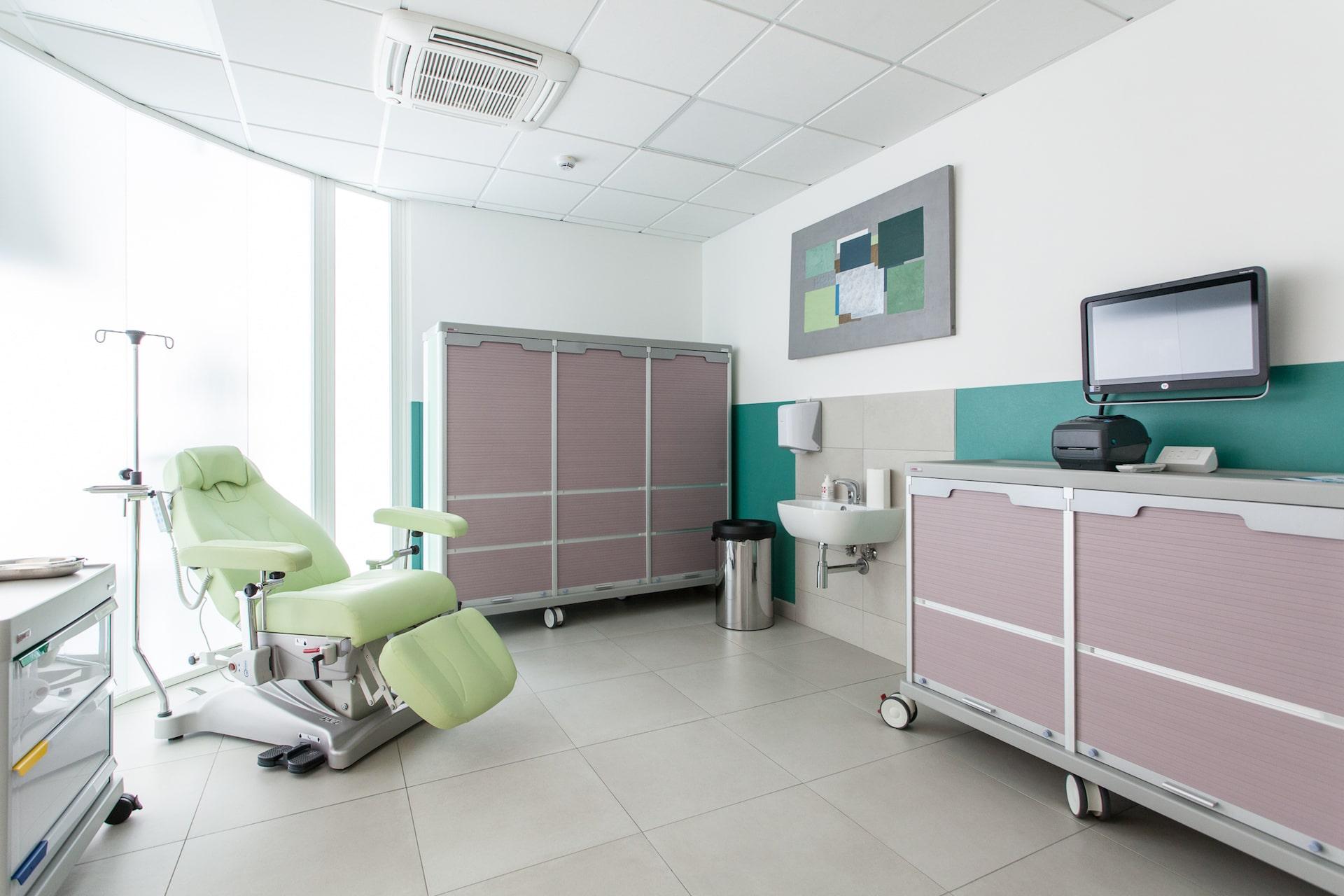 Chirofisiogen-Center-Laboratorio-analisi-min
