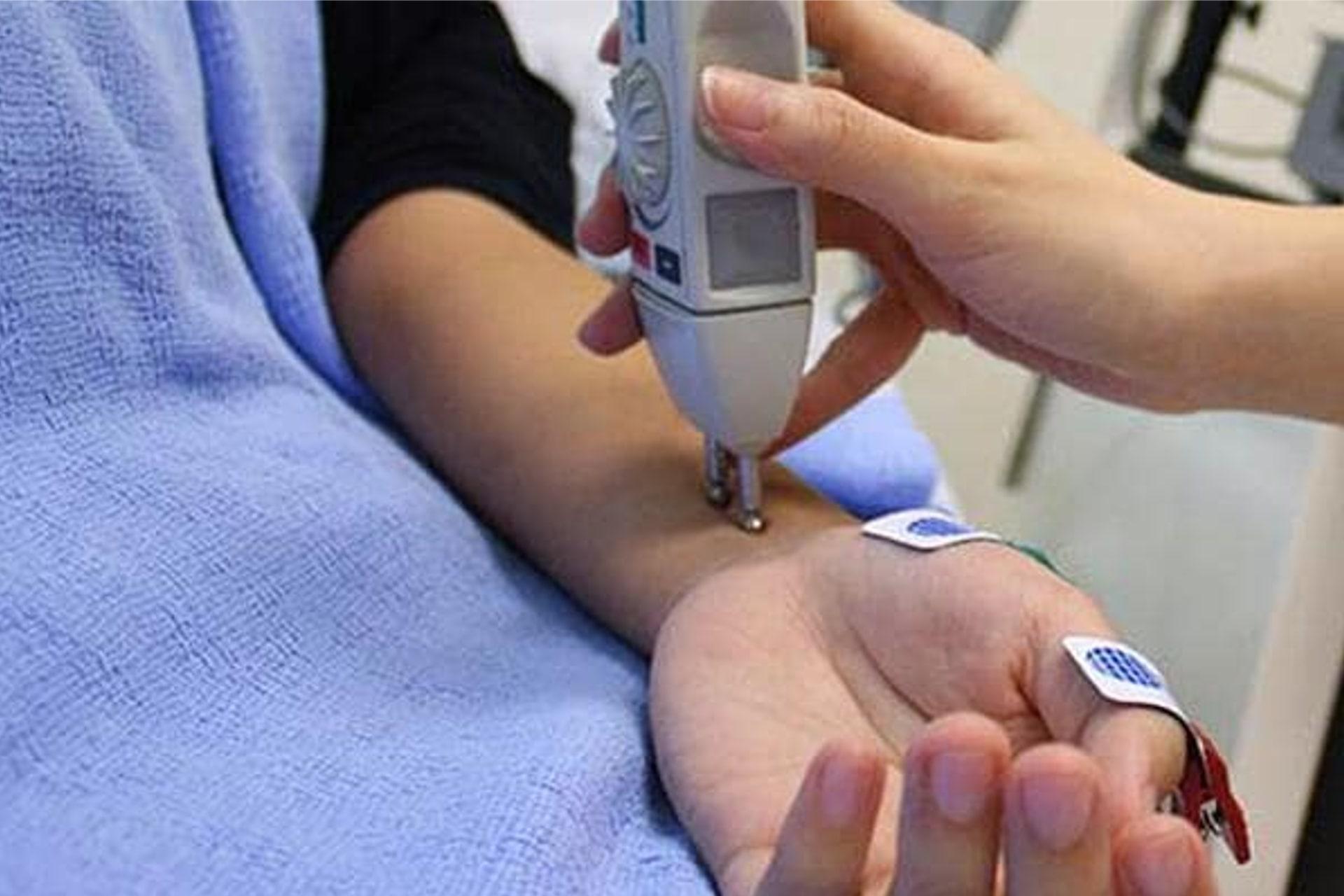 Brugnoni-group-sanita-visite-specialistiche-elettromiografia